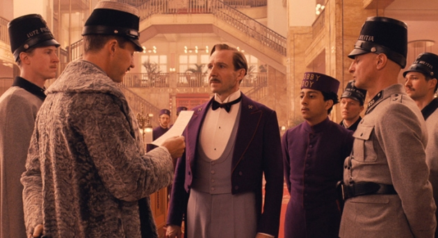 postthumb-exclusive-clip-from-the-grand-budapest-hotel-on-yahoo-movies-GBH_ClipGrab_bl