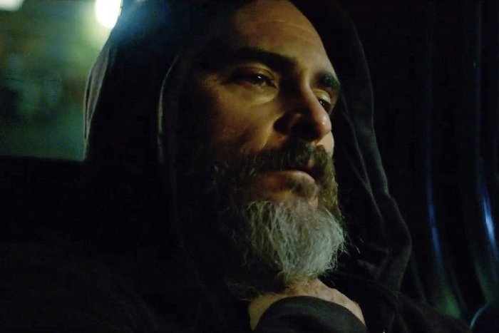 you-were-never-really-here-2017-002-joaquin-phoenix-close-up